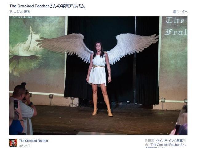 【クオリティー高すぎ】本物の大天使ミカエルみたい…! 背中の大きな翼をはためかせる女性に目が釘付け!!