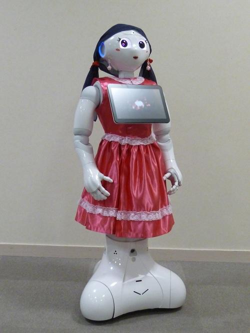 あなたのロボットがオシャレに♪ 「Pepper」専用のファッション&メイクアイテムのお店を発見したよ!