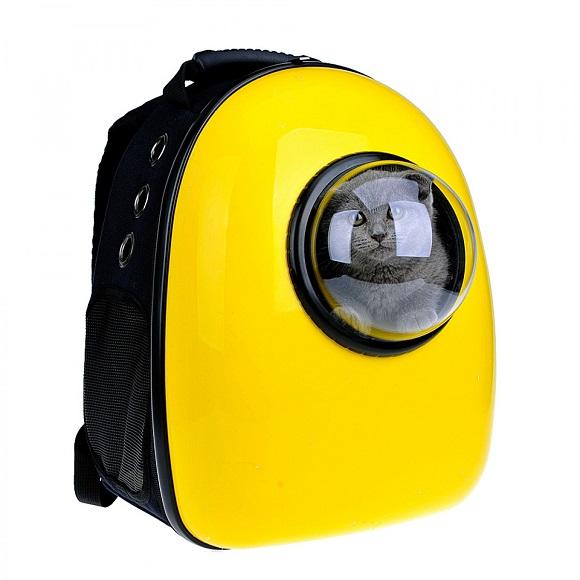 にゃんこが宇宙遊泳しているみたいなキャリーバッグに注目! かわいすぎて視線が釘付けになっちゃうよー☆
