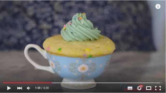 聖なる夜のクリぼっちたちへ…「電子レンジで1分間チン!」思い立ったらスグに作れる簡単マグケーキの作り方☆