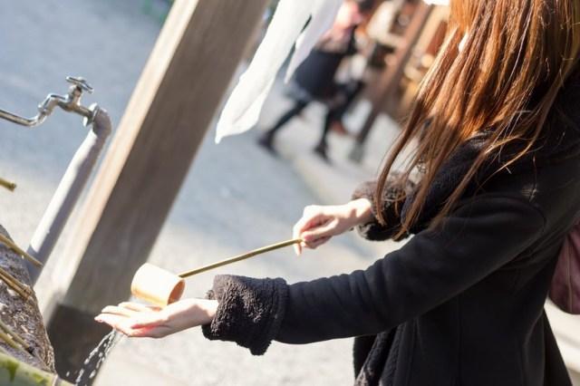 【知っておきたい初詣】どうして参拝の前に手を洗うの? 正しい参拝方法をおさらいしましょう♪