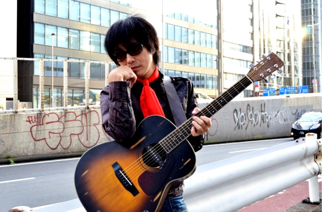 平成のロックスター「ダイナマイト☆ナオキ」に聞く! クリスマスにぜんぜん欲しくないプレゼントをもらったときの対処法