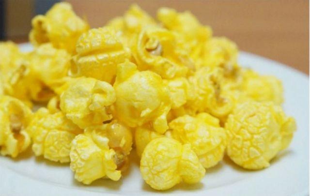 12月28日は「シネマトグラフの日」なんだぞ☆ ポップコーンを食べながら映画鑑賞なんてのもいいんじゃない?