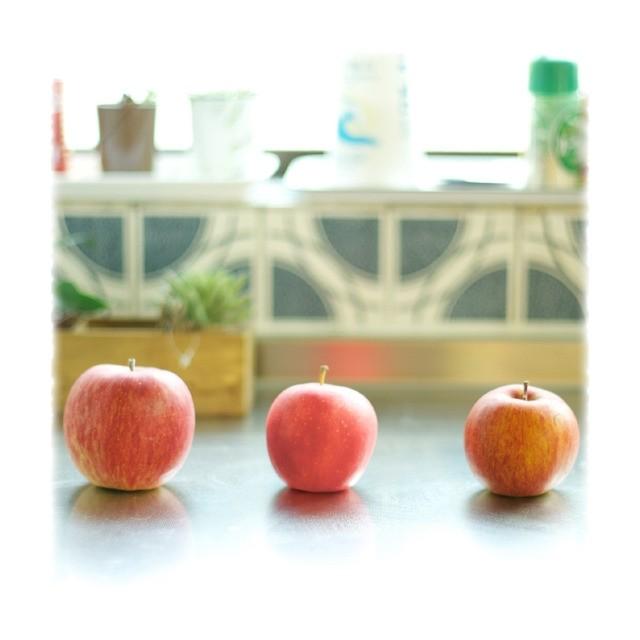 """""""クズりんご"""" 改め """"バイトサイズ"""" ! 「包丁&まな板不要」「食べきりサイズ」いいことづくめな小ぶりなりんごで健康ボディーをゲットしよ☆"""