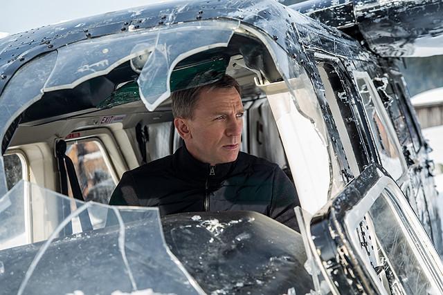 スーツ男子の宝庫! 超話題の人気シリーズ『007 スペクター』の胸板厚いダニエル・クレイグ、メガネお似合いベン・ウィショーに萌える~~!【最新シネマ批評】