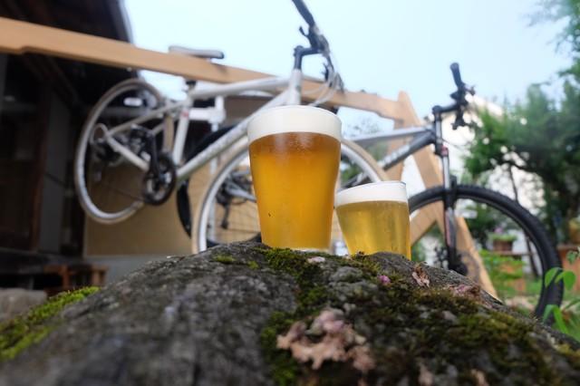 国内外のクラフトビール樽生10種&ホップから手作りしたビールが飲める! 奥多摩にとびきり贅沢なブルワリーがオープン♪