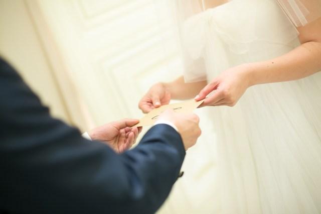 プロポーズがないまま結婚式を迎えるカップルが増えているのはどうして? その3大理由は「授かり婚」「オトナ婚」「草食男子」