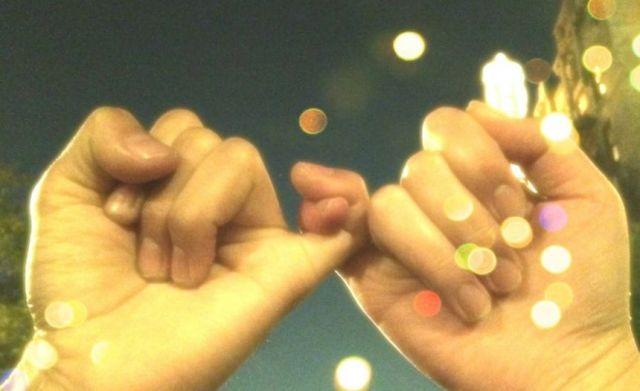 12月21日は「遠距離恋愛の日」なんだよ☆ 遠距離恋愛中の恋人たちにエールを送りましょう♪