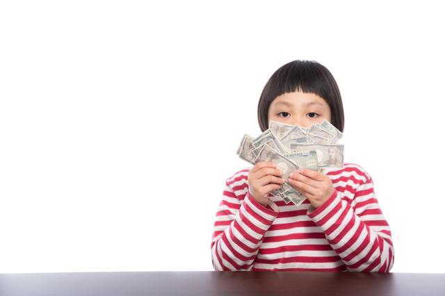 男性の約8割が「自分より高収入な女性」は恋愛対象になると回答 / 対する女性は…やっぱりお金って必要だよね!