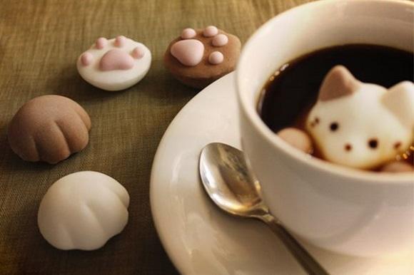 肉球やひげぶくろなどニャンコの萌えパーツが勢ぞろい☆ 愛おしすぎて食べられなくなりそうな「猫マシュマロ」に目がクギ付けーー!