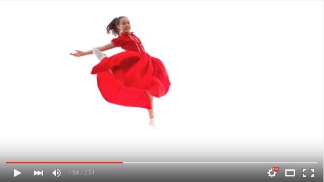 ダンスとともに振り返る! 「ガールズファッション100年の変遷」が3分間でわかる動画
