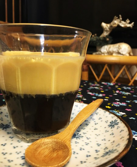 コーヒーに卵を入れちゃうの!? ベトナム風エッグコーヒーを作ってみたら…驚きの組み合わせがべっくらウマイッ! 簡単レシピをご紹介☆