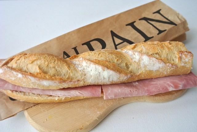 3月13日はサンドイッチの日! 1分で作れるフランスのソウルフード「ジャンボン・ブール」を作ってみよう
