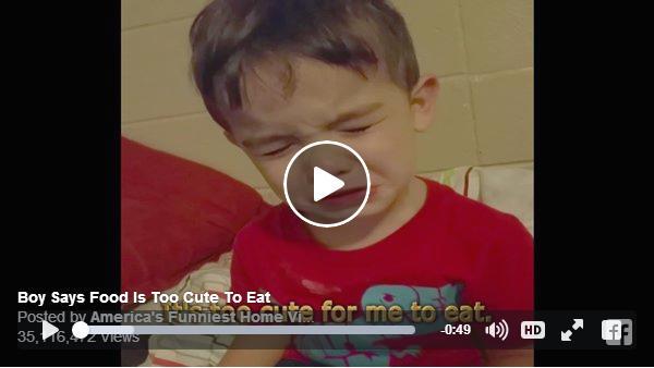 「オムライスが可愛すぎて食べられない!」と号泣する少年を発見! 純粋無垢な涙に胸キュンが止まりません