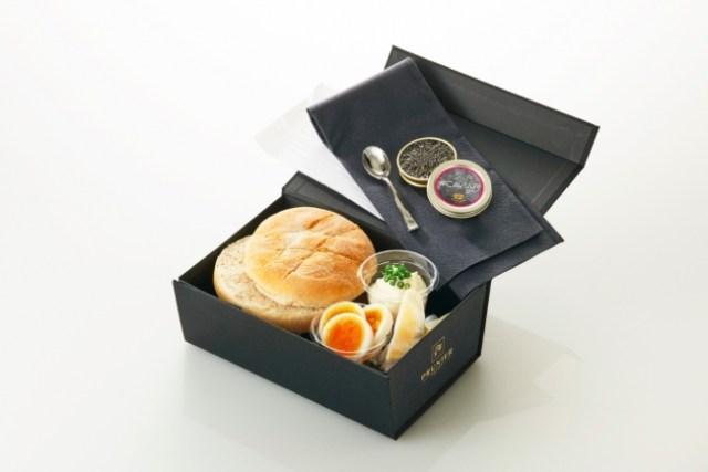 老舗キャビア店が展開するサンドイッチ店が日本初上陸! オリジナル商品「キャビア サンドイッチ ボックス」で贅沢なお花見を楽しんじゃお♪