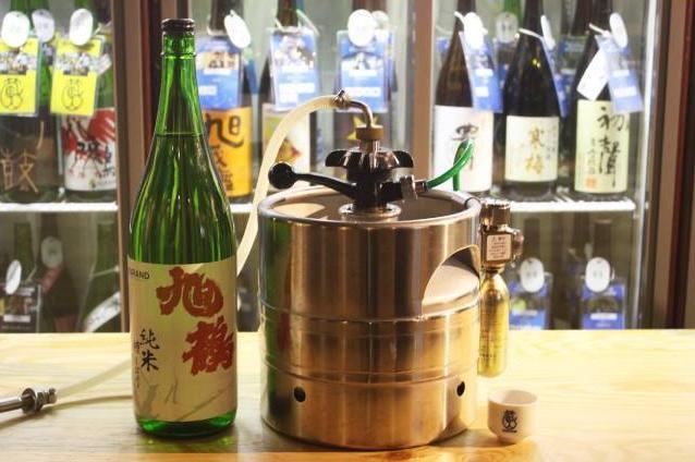 人気日本酒飲み比べ店の4店舗目が新宿にオープン! 今度の目玉は日本酒「生樽」サーバーなんだって!!