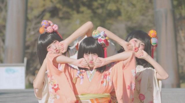 三人官女がキュートな「SAGEMON GIRLS」に変身! 1000人超の出演者による福岡県柳川市のPR動画がステキなのです♪