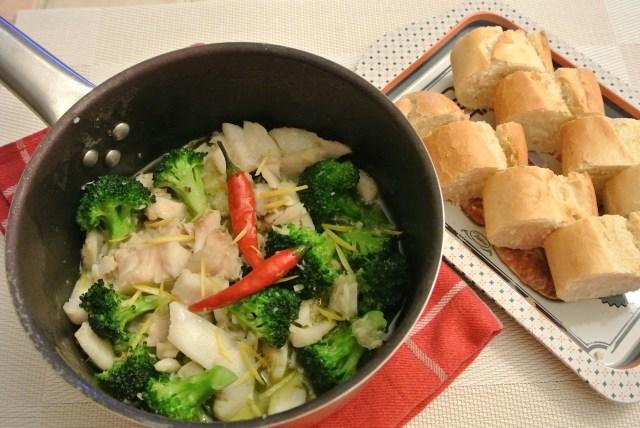 「もこみち先生がオリーブオイル1本使いきってた」と話題になったレシピに挑戦! 白身魚のアヒージョを実際に作ってみました!!