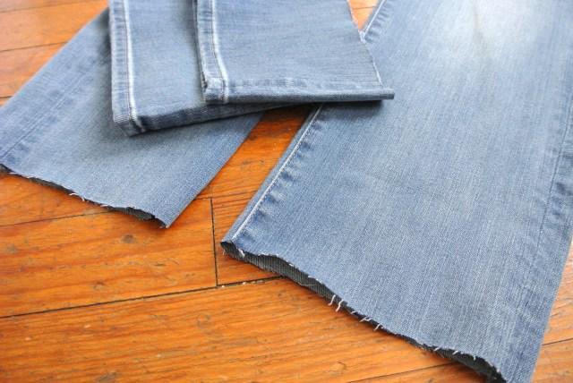 流行中の「カットオフデニム」をユニクロのジーンズで自作してみたら…意外とうまくできた!