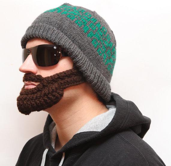 ワイルド男子に大変身! さりげなくて暖かい「ひげ帽子」を彼にプレゼントしよう♪