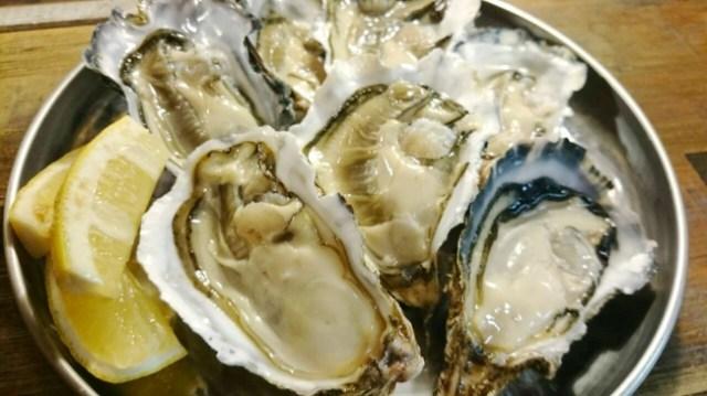 【予約必須】渋谷のオイスターバーが「3種の牡蠣食べ放題」を1時間980円で実施中だよ!
