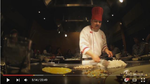 日本の鉄板焼きは海外で「Hibachi(火鉢)」と呼ばれてる! ヒバチシェフによる華麗なパフォーマンスをご覧あれ