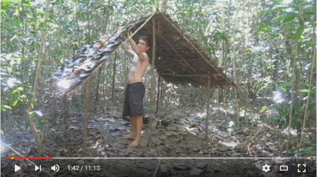 趣味にしてはマジすぎる! オーストラリアの荒野で原始生活を営む男性 / 現代の道具を使わずに家や畑、料理も作っちゃうよ!!