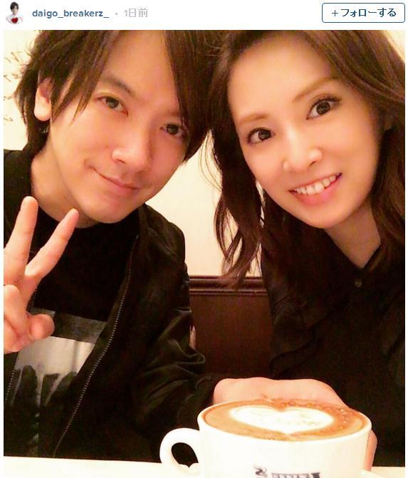 DAIGOさんがインスタグラムをスタート! 記念すべき1枚目の投稿は愛妻・北川景子さんとのツーショット写真でした♪
