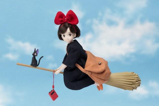 スタジオジブリ『魔女の宅急便』の主人公キキがハイクオリティドールになって登場! 映画の名シーンがよみがえる♪