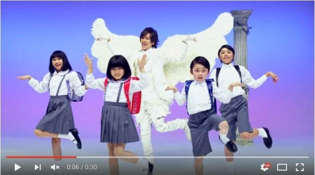 DAIGOさんが出演する『セイバン 天使のはねランドセル』CMが面白すぎると話題に! ネットの声「いつ見ても笑う」