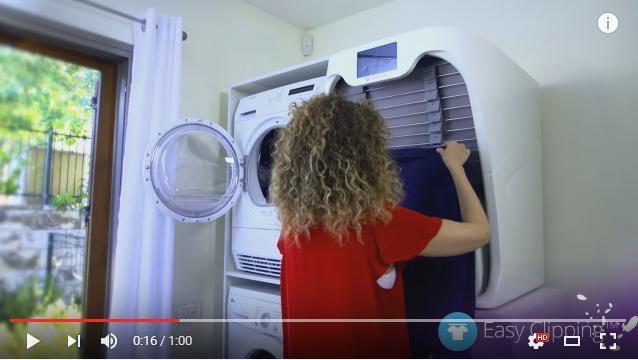 【未来キターーー】洗濯物を自動でたたむマシンが登場! 蒸気でしわを取って香りもつけてくれるそうな