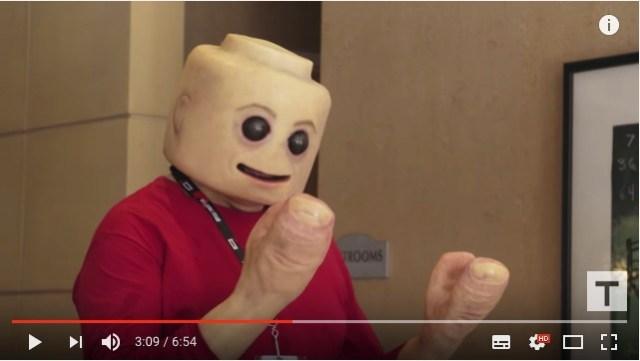 【ある意味必見】めっちゃリアルなレゴ人形コスプレが不気味です