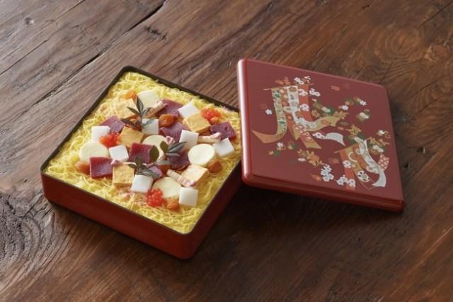 いやいや、海鮮ちらしにしか見えないって!! 「小樽洋菓子舗ルタオ」から50台限定の「スイーツ夏おせち」登場!