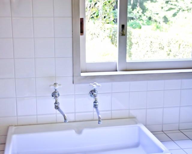 意外?それとも納得? トイレの後「石けんで丁寧に手洗いする」かを男女別で調べてみると、20代は女子より男子のほうが多いんだって