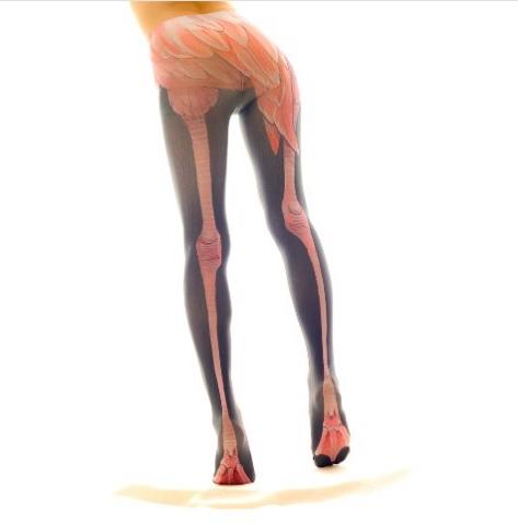 脚ほっそ!!!! 誰でもフラミンゴみたいな脚になれちゃうタイツ「フラミンギョ」がシュール
