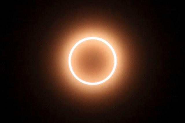 2016年9月1日は新月&金環日食…願い事を叶える絶好のチャンス! とくに汚部屋女子や社畜ガールは願い事を紙に書くべし!!