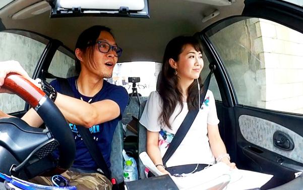 【本音調査】ドライブ中、助手席で寝るのは運転手に失礼ですか? 「むしろ寝ててほしい」という意見も