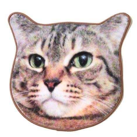 しょこたんの愛猫「マミタス」&「ショコラ」がハンドタオルになった! 実写プリントなので好きなときに可愛いお顔を拝めるよ♪