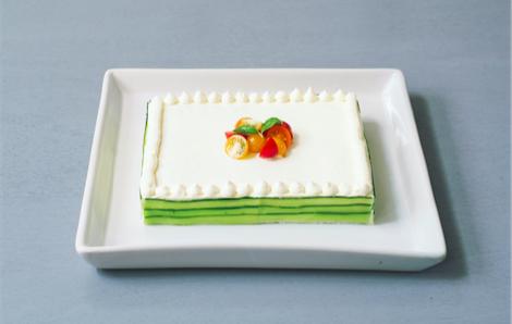 どこから見てもケーキだけど…実はサンドイッチ! おもてなし料理にぴったりな「ケーキイッチ」って知ってる?