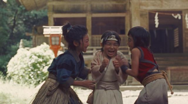 寺田心くんがau三太郎シリーズに桃ちゃんの幼少役で登場ダーーー!!  桃ちゃん、幼いころいじめられていたんだね…
