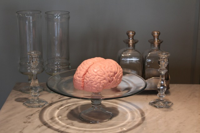 実物大の「脳みそマシュマロ」にストロベリー味が誕生したよ / プルンプルンで妙にリアルなおいしい脳みそらしいヨ…