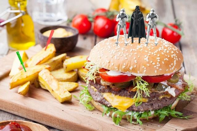 SF度がアップする「スター・ウォーズ」デザインのフードピック♪ 私のお弁当がダース・ベイダーさんに支配されちゃうッ!!!