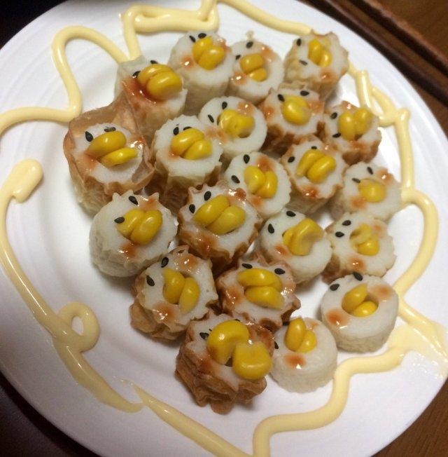 ピヨピヨピヨ…ヒヨコの大群がこっち見てるよっ お母さんが作った「ぴよぴよちくわ」がお茶目すぎてマネしたい♪