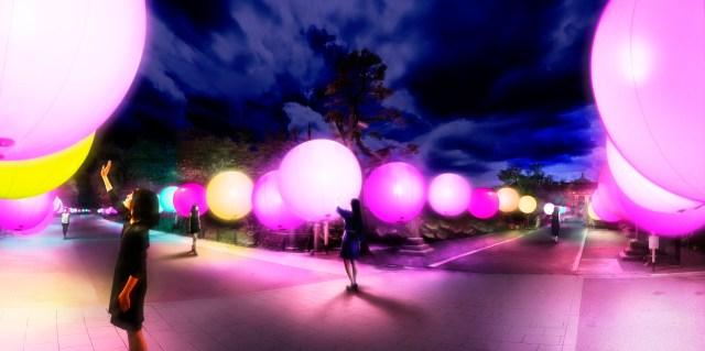 上野公園にチームラボの「浮遊する、呼応する球体」がやってくるよ / 光の球体がふわふわと浮かんで幻想的です♪