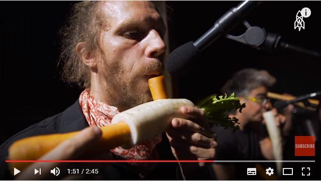 ニンジン、大根、カボチャ…野菜で作った楽器で演奏するウィーン「ベジタブル・オーケストラ」がユニークですっ