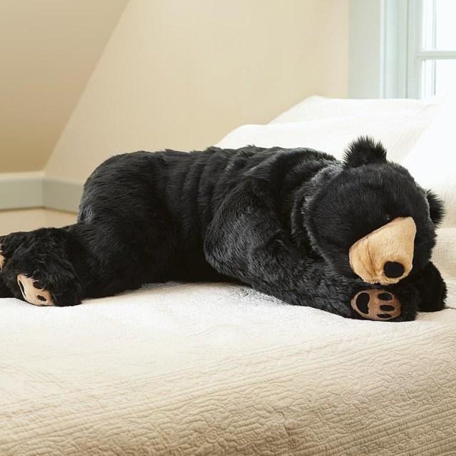 【幸せ度100%】でっかくてモフモフな動物のぬいぐるみ抱き枕はいかが? クタッと感がかわいくて抱きしめたい♡