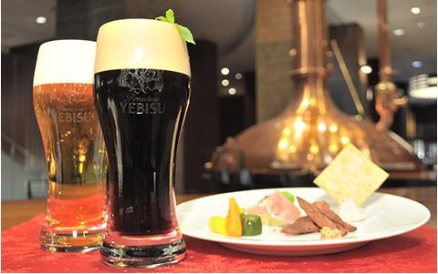 「クリスマスはお得にリッチに飲みたい」という酒飲み乙女は必見♪ ヱビスビール記念館の「クリスマス限定ナイトツアー」がコスパよろし!