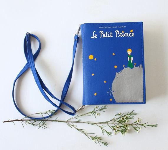 【文学少女必見】『星の王子さま』に『ハリー・ポッター』…まるでハードカバーの本をそのままバッグにしたようなアイテムを発見
