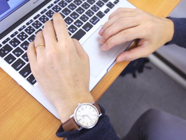女性は男性の「手・指・腕」に魅力を感じちゃう♡ モテる手を調査したら…奥深い手フェチの世界に迷い込みました【11月5日はイイ男の日】
