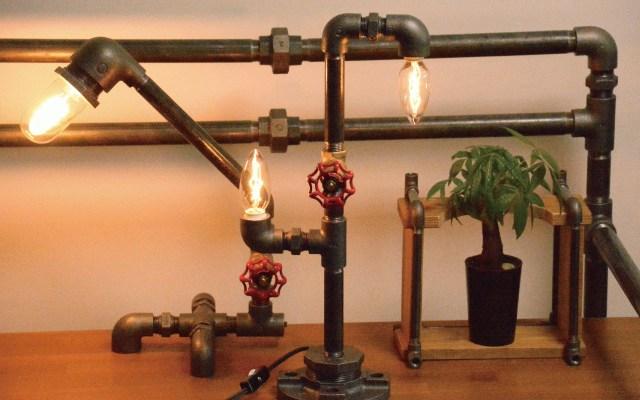 福島発の「鉄管インテリア」がスチームパンクっぽくてかっこいい / プロの配管工がハンドメイドで製作しているよ!